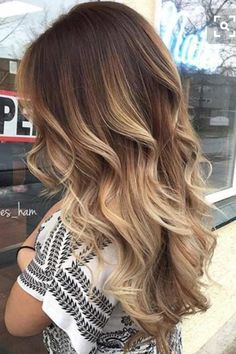 Balayage is an advanced technique to make your hair shiny and refreshing. From natural hair to rainbow hair colors, find the best balayage hair color for yourself right now! Pretty Hairstyles, Wig Hairstyles, Straight Hairstyles, Hairstyle Ideas, Trending Hairstyles, Medium Hairstyles, Formal Hairstyles, Summer Hairstyles, Wavy Hairstyles Tutorial