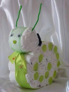 Adorable snail to welcome baby! Adorable snail to welcome baby! Baby Shower Baskets, Baby Shower Diapers, Baby Shower Crafts, Baby Shower Fun, Bricolage Baby Shower, Newborn Diapers, Baby Shower Centerpieces, Welcome Baby, Baby Gifts