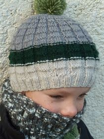 So do the little ones .: It's winter! Tutorial for a beanie and its textured collar - Ainsi font les petites …: C'est l'hiver ! Tuto pour un bonnet et son col texturé So do the little ones …: It's winter! Tutorial for a beanie and its textured collar Bonnet Crochet, Knit Crochet, Crochet Hats, Chapeaux Bonnet Slouchy, Knitting Socks, Knitted Hats, Kids Hats, Diy Dress, Baby Knitting Patterns