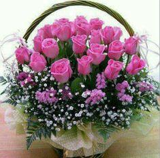 kalathi me loyloydia Basket Flower Arrangements, Funeral Floral Arrangements, Artificial Floral Arrangements, Rose Arrangements, Beautiful Flower Arrangements, Beautiful Rose Flowers, Elegant Flowers, Amazing Flowers, Silk Flowers