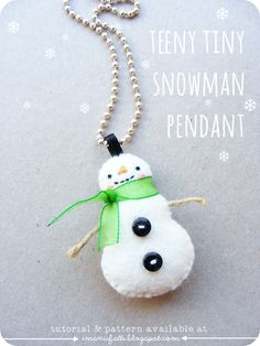 i ManuFatti: Crafty Christmas Tutorial Link Up // teeny tiny snowman pendant