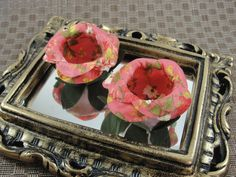ENCABULADA : Floral Laranja - RE016  Forminhas de Doces em flores de tecido. As cores são aproximadas. FEITO SOB ENCOMENDA - SOMENTE 16 unidades.    IMPORTANTE - Você deve considerar o tempo de produção + frete  (Para prazo menor, contate a vendedora ANTES de efetuar a compra)    >> TODOS MODELOS...