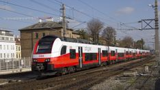 ÖBB orders more Siemens Desiro ML trains In 2019, Long Distance, Trains, Around The Worlds, Australia, Long Distance Love, Train