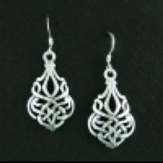 Celtic knot earrings @ uniquecelticjewelry.com