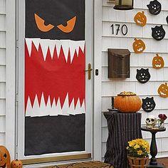 halloween crafts scare up some fun door decoratingdecorating - Decorating Door For Halloween
