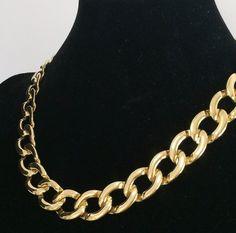a3274e3148c Monet Chunky Flat Chain Necklace Polished Gold Tone Setting