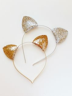 Silver Cat Ears Headband Kitty Cat Hairband Cat by VictoriasClass and like OMG! get some yourself some pawtastic adorable cat apparel! Pusheen Birthday, Cat Birthday, Birthday Party Themes, Kitty Party Themes, Birthday Ideas, Cat Themed Parties, Kitten Party, Cat Ears Headband, Silver Cat