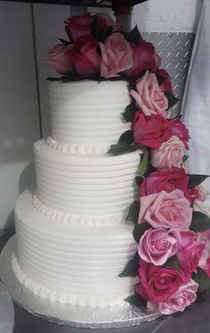 Calumet Bakery Buttercream textured cake with fresh roses #27