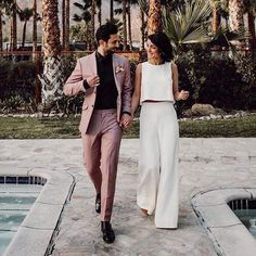 If you are going for a city hall wedding or elopement or if you just want to pul. - If you are going for a city hall wedding or elopement or if you just want to pull off a casual wedd - Engagement Party Dresses, Engagement Outfits, Bridal Outfits, Bridal Gowns, Engagement Parties, Casual Bride, Casual Wedding, Wedding Crop Top, Wedding Summer