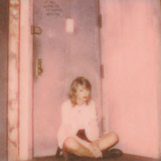 Taylor Swift Playlist, Taylor Swift 2014, Taylor Swift Music, Taylor Swift Pictures, Music Aesthetic, Retro Aesthetic, White Aesthetic, Photo Wall Collage, Picture Wall
