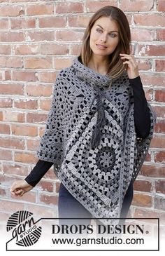 Serena - Crocheted poncho in DROPS Nepal. The piece is worked with crochet squares, lace pattern and stripes. Sizes S - XXXL. Free crochet pattern DROPS # crochet poncho free pattern granny square Serena / DROPS - Free crochet patterns by DROPS Design Poncho Au Crochet, Crochet Poncho Patterns, Crochet Jacket, Crochet Stitch, Crochet Granny, Knitting Patterns Free, Free Crochet, Crochet Top, Free Knitting