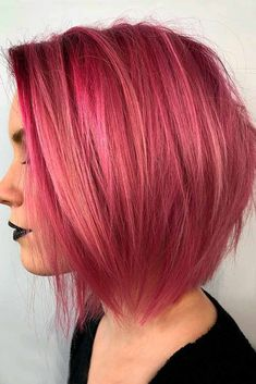 Medium bob haircuts are fancied by women all around the globe due to their versatility and a huge number of winning qualities. See our photo gallery. #haircuts #shorthaircuts #bobhaircuts #mediumbob