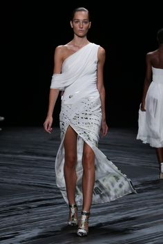 J. Mendel. The Ultimate in Bridal from NYFW | RILEY & GREY http://blog.rileygrey.com/?p=1325