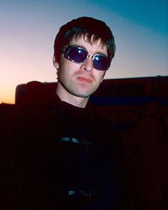 : ©Brian Rasic. | #NoelGallagher, 1995. Liam Gallagher Oasis, Noel Gallagher, Mirrored Sunglasses, Mens Sunglasses, Great British, My Idol, In This Moment, World, Instagram Posts