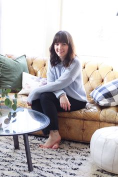 How This Creative Reinvented Her Rental with Major Charm - The Everygirl Rental Solutions, White Sheets, Elegant Homes, Living Area, Bean Bag Chair, Beautiful Homes, Home Goods, Armchair, Cozy