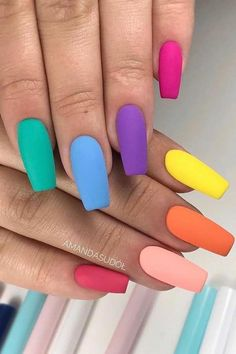 Colorful Matte Nails for Summer Looking for some nail ideas? These stylish nail designs will inspire your next manicure and have your fingers looking fashionable in no time. Best Acrylic Nails, Matte Nails, Gel Nails, Coffin Nails, Shellac Nail Colors, Toenails, Stiletto Nails, Nail Manicure, Glitter Nails