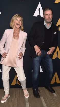 Olivia Newton-John & John Travolta still look good to me. ~ I must be getting old if Grease was released 41 years ago (in Grease Musical, Grease Movie, John Trovolta, Celebrity Couples, Celebrity Photos, Olivia Newton John Grease, Kelly Preston, Hollywood Men, Actrices Hollywood