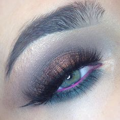 eyeshadows by @makeupgeekcosmetics in Barcelona beach,mesmerized, steampunk, in the spotlight, secret garden , pigment by @nyxcosmetics in nude . In my waterline I used pink colour from @makeupforeverofficial flash palette . Eyeliner is fluidline in Blacktrack by @maccosmetics . Lashes are @blinkingbeaute in #7.