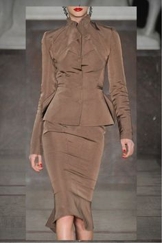 Body Curves zac posen