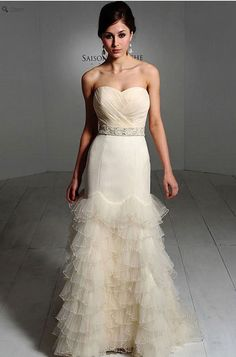 Saison Blanche Wedding Gown - Boutique Collection - Style #B3095
