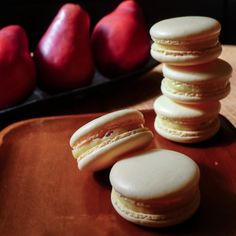 Crumbly Sweets - Apricot Macarons