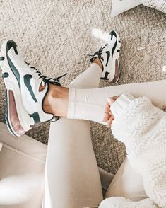 (no title) Nike Air Zoom Structure 22 running shoe - men Nike shoes Sneaker Outfits, Nike Outfits, Sneakers Fashion Outfits, Casual Outfits, Trendy Shoes, Cute Shoes, Me Too Shoes, Dream Shoes, Crazy Shoes