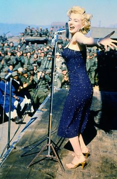 Marilyn Monroe performing for the troops from the USO