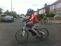 Practising how to cycle before the first family bike ride of the year Read our blog on 8 top tips for making the first family cycle ride of the year a success #cycling #bankholiday #kids