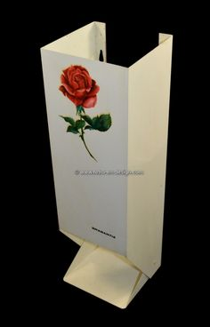 Vintage Brabantia toilet paper holder with imprinted rose Metal toilet paper holder by Brabantia in white wit image of a rose. Suitable for four rolls.  http://www.retro-en-design.co.uk/a-45731025/retro-vintage/vintage-brabantia-toilet-paper-holder-with-imprinted-rose/