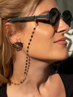Gold sunglasses chain with tiny stars that makes it special. The chain is made from metal. Gold Sunglasses, Sunglasses Accessories, Fashion Accessories, Fashion Eye Glasses, Accesorios Casual, Eyeglass Holder, Silver Chain Necklace, Minimalist Earrings, Gold Stars