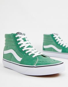 Shop Vans sneakers in green With a variety of delivery, payment and return options available, shopping with ASOS is easy and secure. Shop with ASOS today. Sneakers Mode, Sneakers Fashion, High Top Sneakers, Vans Skate Hi, Skate Shoes, Buy Vans, Vans Shop, Green High Top Vans