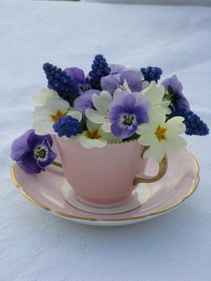 Cup of flowers please......