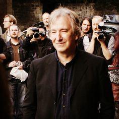 "This was the Edinburgh Film Festival premiere of ""Snow Cake"" 15 August 2006."