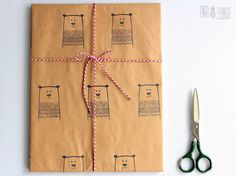 Christmas wrapping paper   Gift paper   Hand printed kraft paper   Stamped paper    Winter bear stamp   27.5x39.5''   70x100cm