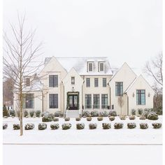How does @sherwinwilliams Shoji White look in the snow?  Dreamy! || design: @mrsparanjape || architect: @cw_design_arc || builder: @barlowbuilderstn || photo: @kristen.mayfield || snow: Mother Nature