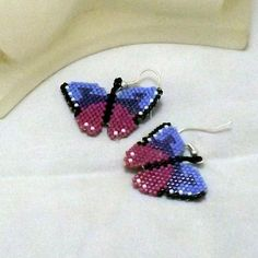 This is my third butterfly earring pattern. Featuring three colors plus accents, these are very pretty and feminine.