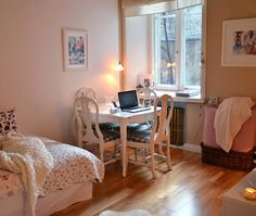 another cute studio apartment.