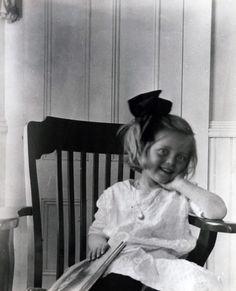 Baby Bette Davis. So cute!