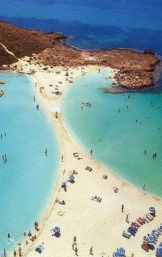 #Nissi_Beach or #Nissi_Bay in #Ayia_Napa, #Cyprus http://en.directrooms.com/hotels/district/2-44-413-4868/