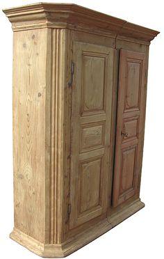 armoire à pans coupés du XVIIIe siècle
