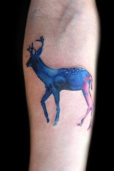 Ink splatter deer tattoo, love the effect and it reminds me of the feathered stag on Hannibal