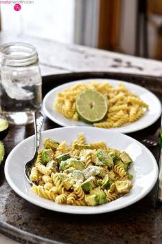 30 BYO Fast & Healthy Lunch Ideas   Super Simple Avocado Pasta Salad Recipe @stylecaster