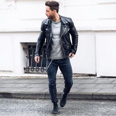 Nothing says you're a distinguished man like a great leather jacket! Pick the best one for you! Use coupon code AMAZING25 for an extra 25% off! #menssuithabit.com
