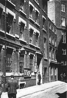 Vine Street, London - Wikipedia Police Box, Police Station, Vintage London, Old London, Dorset Street, Law And Justice, Piccadilly Circus, Pub Crawl
