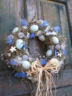 velikonoční věnec-modrý
