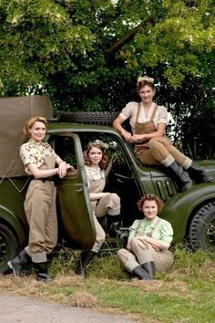 Land Girls (2009) Poster