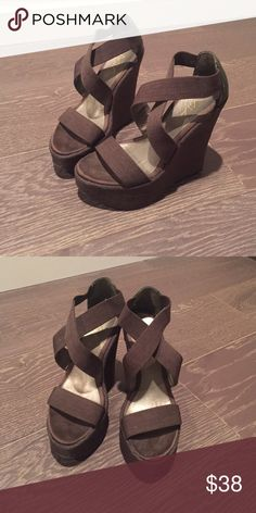 510cc95e9f5d Only wore them a couple time so in really good condition🔥🔥🔥 True size 7  😊 MIA Shoes Wedges
