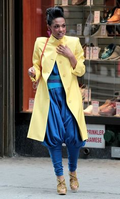 Larissa Loughlin / The Carrie Diaries just love her style! #80s #thecarriediaries