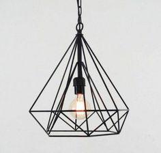 pendelleuchten-wohnzimmerlampe-metall-gestell-schlichtes-design