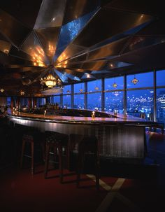 by Cynthia Lawson Located in the heart of Shibuya, on the floor of the imposing Espace tower, Legato is one of the standouts of the Global Dining rest Tokyo Food, Gallery Cafe, Hachiko, Restaurant Design, Rooftop, Places To Go, Tourism, Tower, Japan